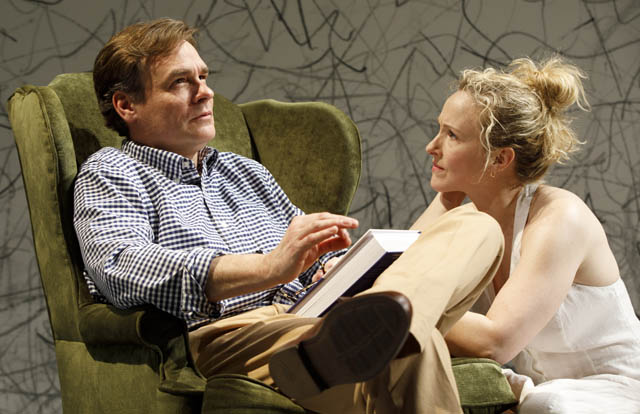 Robert Sean Leonard and Katie Finneran.